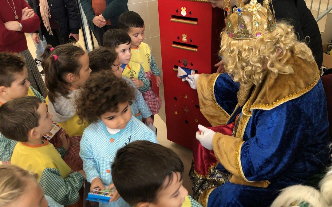 SS.MM. los Reyes Magos de Oriente visitan el colegio